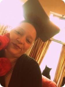 Cat photobomb will cheer anyone up.